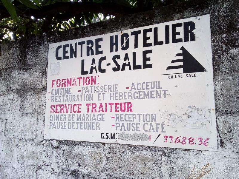 CENTRE HOTELIER LAC-SALE
